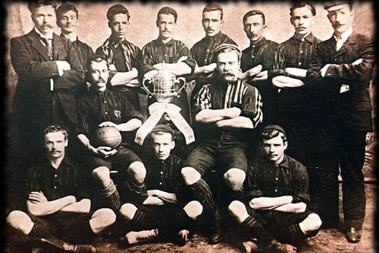 Le CURCC en 1900, premier champion national.