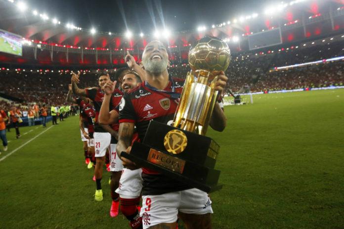 Flamengo bat Independiente del Valle et remporte la Recopa
