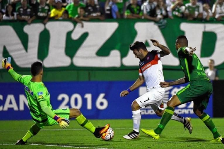 L'arrêt reflexe de Danilo contre San Lorenzo