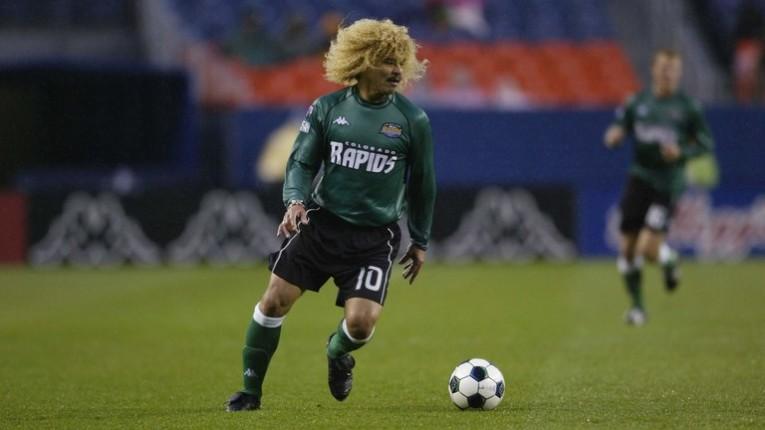 """El """"Pibe"""" raccroche les crampons de façon définitive en septembre 2003. Son dernier club aura donc été le Colorado Rapids."""