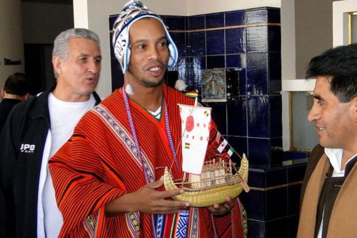 Ronaldinho dans des situations invraisemblables